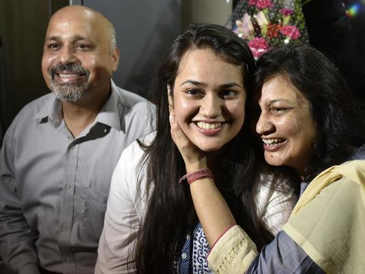 Inkl Civil Services Topper Tina Wants To Fight Social Problems In Haryana Hindustan Times